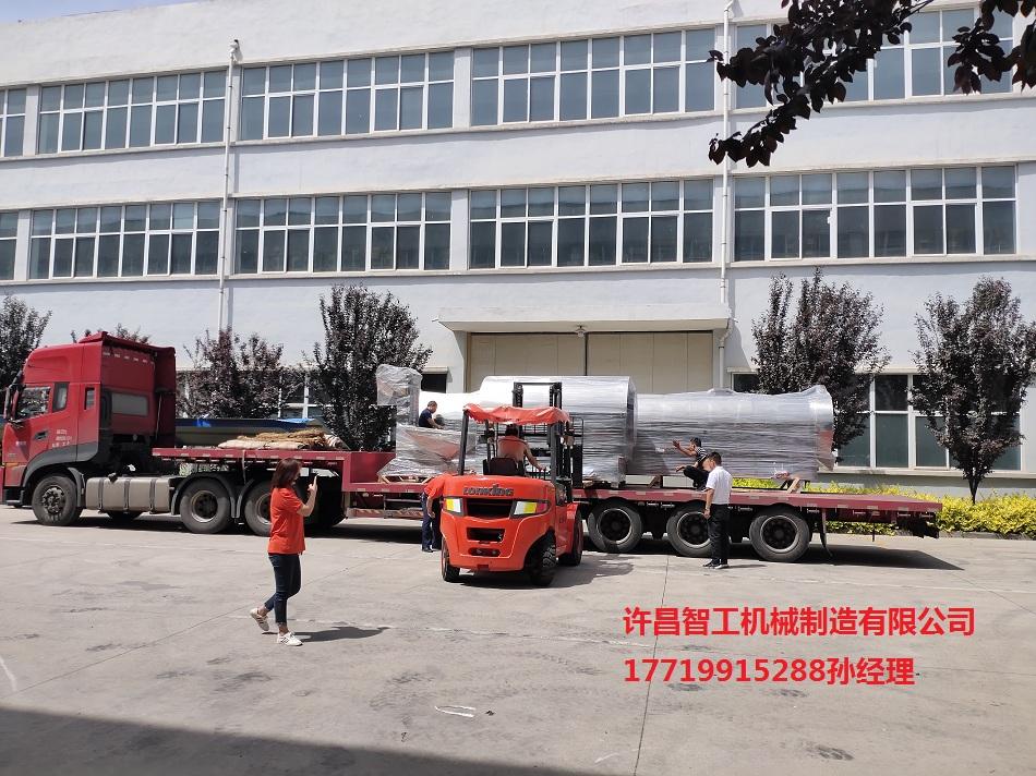 山西忻州客戶定制的8米流水線和DCCZ12-16設備專車發貨